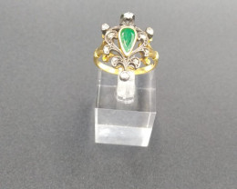 Antique Emerald & Diamond Ring 18 ct Gold