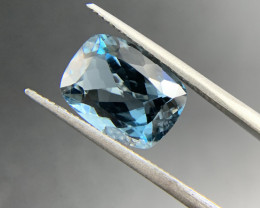 6.62 ct Natural Blue Topaz Cushion cutloose gemstone Ideal for mounting on