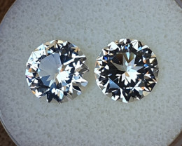 8,60ct White Topaz pair - Master cut!