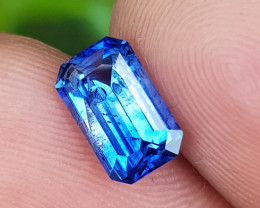 CERTIFIED 1.77 CTS NATURAL STUNNING CORNFLOWER BLUE SAPPHIRE SRI LANKA