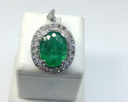 11.20ct Exclusive Diamond Pendant Set With Colombian Emerald, 14kt White Go