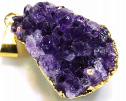 52.10 CTS AMETHYST CRYSTAL GOLD PLATED PENDANT SG-3560