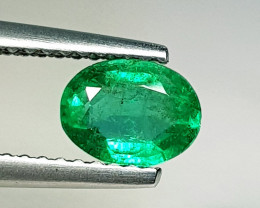 0.78 ct  Top Quality Gem Stunning Oval Cut Natural Emerald