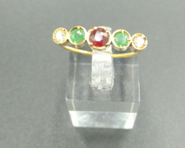 1930's. Emerald , Diamond & Ruby Gold Ring