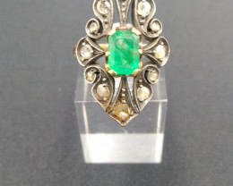 Antique. Marquise Emerald. Ring