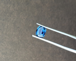 1.54 ct sapphire certified heating.