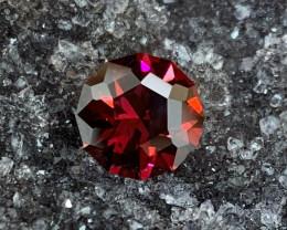 3.93 ct Tanzanian Umbalite Garnet - Precision Cut Round