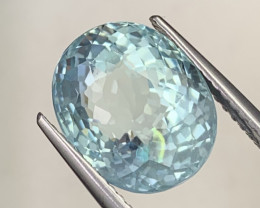 6.88 Carats Paraiba Like Color Top Quality Natural Aquarmarine