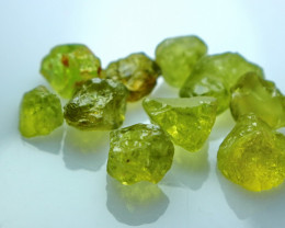 34.95 CT Natural Demontoid Green Garnet Rough Lot