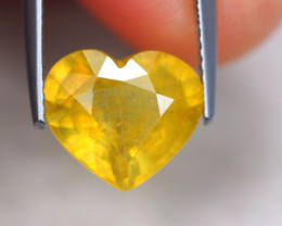 4.17Ct Vivid Yellow Sapphire Heart Cut Lot A1183