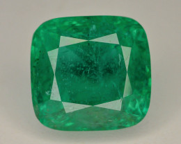 AAA Grade 9.40 Ct Natural Zambian Emerald