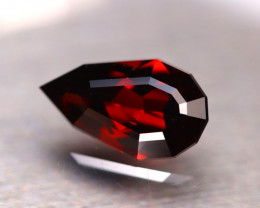 Almandine 4.00Ct Natural VVS Vivid Blood Red Almandine Garnet DR148/E24