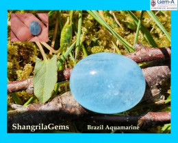 18mm 16.8ct Aquamarine cabochon oval deep sky blue