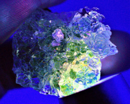KRYPTONITE! RADIOACTIVE! 59.98 CT Glowing Green Hyalite Opal (Hungary)