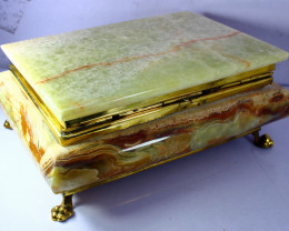 8600 CT Natural - Unheated Onyx Carved Jewelry Box Shape