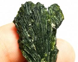 Amazing Damage free Flower tree shape Epidote crystal 45Cts-Pak#000