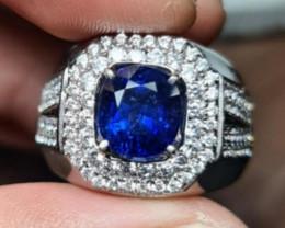 2.94 CT Superior Color  Vivid Blue Sapphire Srilanka