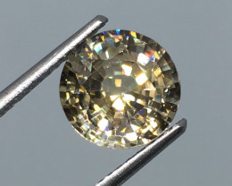 3.50 carat VVS Zircon Precision Cut Incredible Flash Quality !