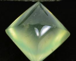 ~BEAUTIFUL~ 4.55 Cts Natural Prehnite Radium Green Sugarloaf Guinea