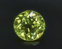 1.00 Crt Natural Peridot Faceted Gemstone.( AB 80)
