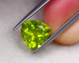 2.73ct Natural Green Peridot Trillion Cut Lot GW7448