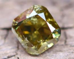 Yellowish Green Diamond 0.46Ct Untreated Genuine Fancy Diamond AT0010