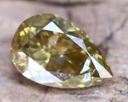 Greenish Yellow Diamond 0.26Ct Untreated Genuine Fancy Diamond AT0048