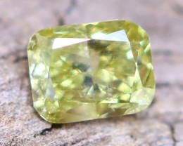 Yellowish Green Diamond 0.13Ct Untreated Genuine Fancy Diamond AT0052