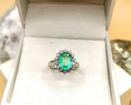 2,32ct Colombian Emerald 18k Solid Gold Ring with Diamonds Ref 3/32 Colombi