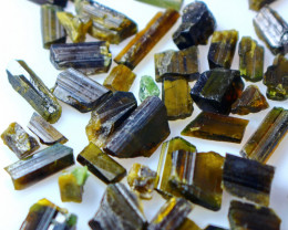 107.05 CT 100% Natural  Brown Epidot Crystal Rough Lot