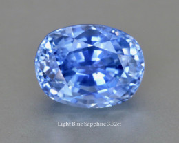 Sparkling light Blue Sapphire 3.92ct Oval - Eye Clean Gem - Heat