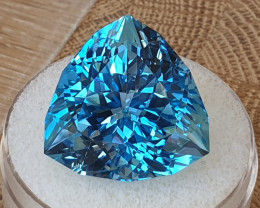 52,50ct Swiss blue Topaz - Designer cut!