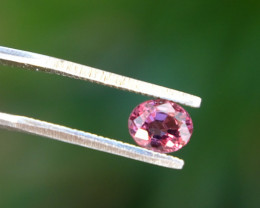 0.96ct VVS purplish-Pink Spinel