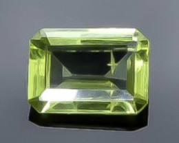 0.80 Crt  Peridot Faceted Gemstone (Rk-58)