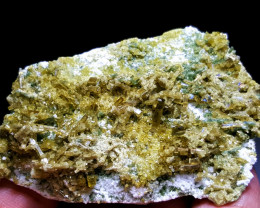 Amazing Natural color Damage free Epidote combine with Lovely Diposite 203C