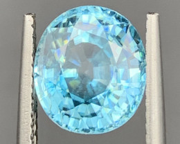 6.77 Carats Blue Zircon Gemstones
