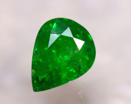 Tsavorite 0.98Ct Natural Intense Vivid Green Color Tsavorite Garnet ER77