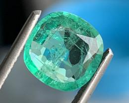 GIL Certified  2.52 Carats  Emerald Gemstone