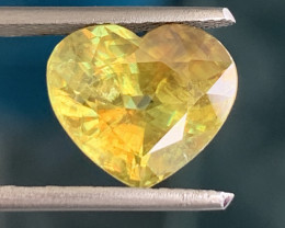 GIL Certified 4.61 Carats Fire Sphene Titanite Gemstone