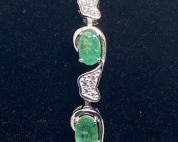 (5) Amazing 7.4tcw.  Brazilian Emerald&Cz Bracelet Unheated