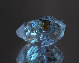 Rare Petroleum Quartz with Moving Bubble 9.50 Cts