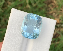 12.90 carats Natural Blue   Aquamarine Gemstone from pakistan