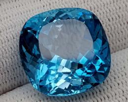 27CT BLUE TOPAZ  BEST QUALITY GEMSTONE IIGC58
