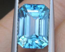 5.53cts, Blue Zircon,