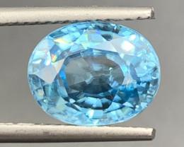 4.93 CT Zircon Gemstones