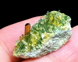 Amazing Natural color Diposite cluster combine with Epidote 19Cts-P