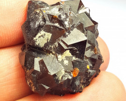 Amazing Natural color Damage free Garnet cluster with mine clay 87Cts-A