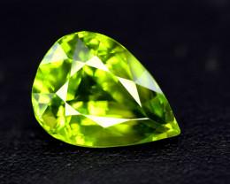 Peridot, 9.60 Ct Top Quality Pear Shape Peridot Gemstone
