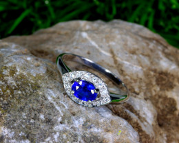 7.78cts Sterling 925 Silver Ring / MA443