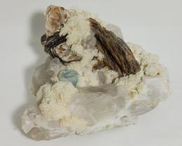 aquamarine specimen with mica elbite and quartz